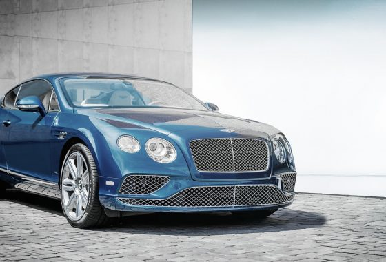 automobile-1851299_1280